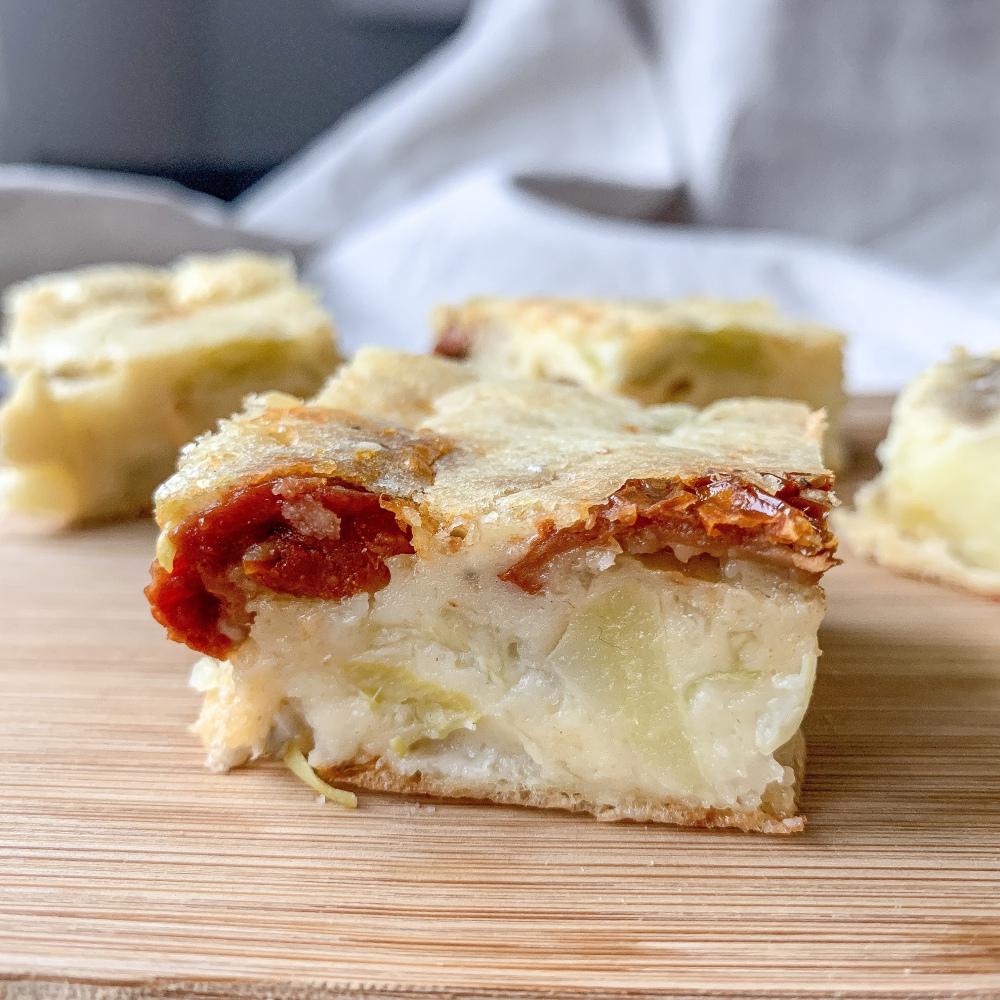 Quiche sans pâte pomme de terre, poireaux et tomates séchées
