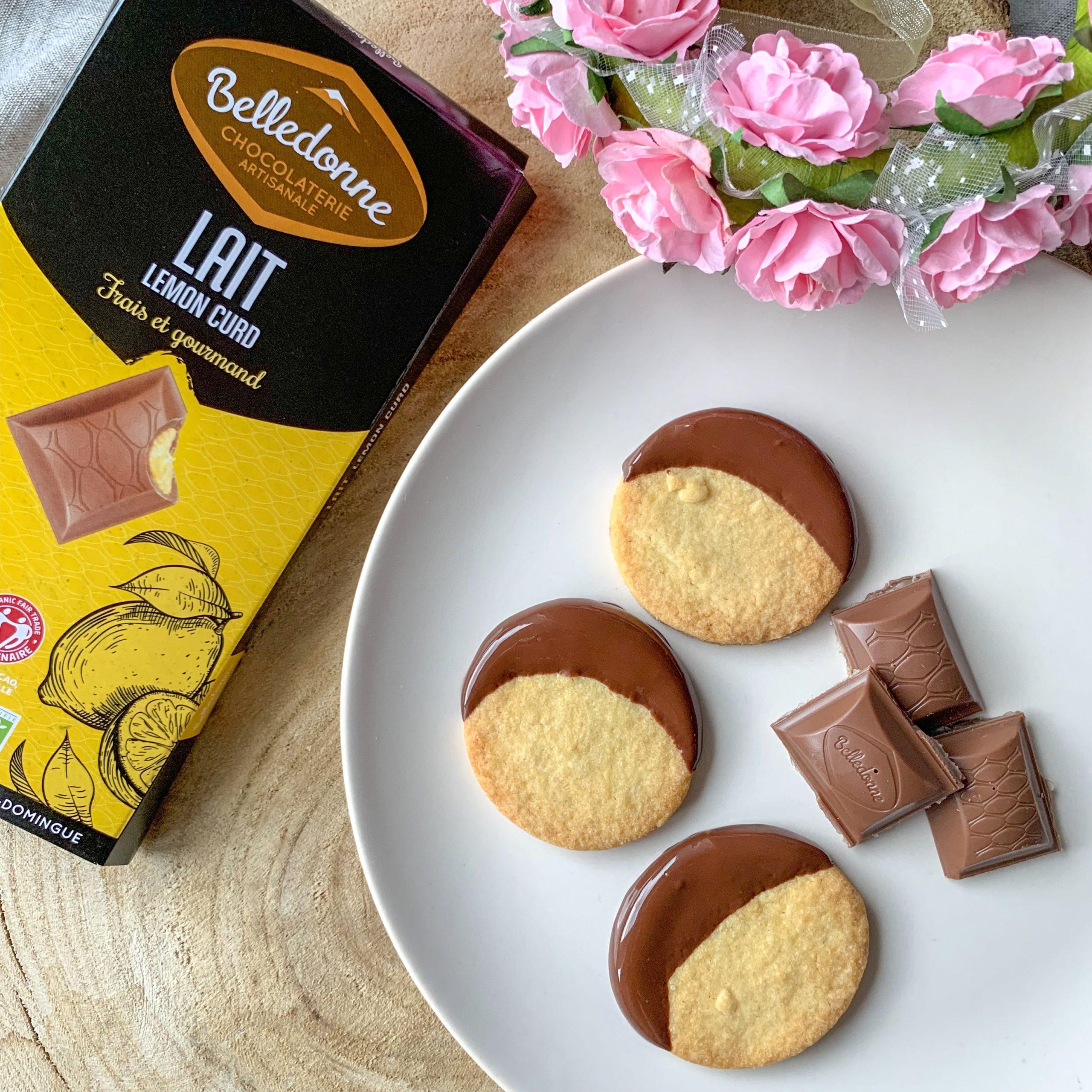 Petits sablés au chocolat au lait et lemon curd