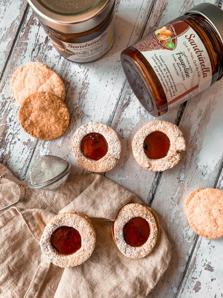 Biscuits sablés noisette et confiture
