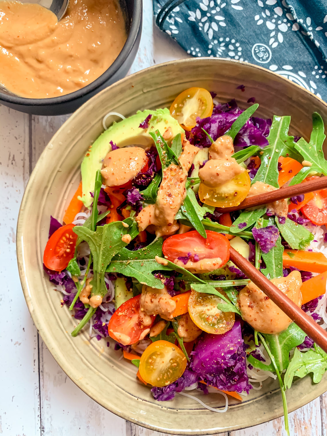 Salade de nouilles de riz aux légumes