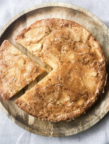 Gâteau croustillant aux pommes