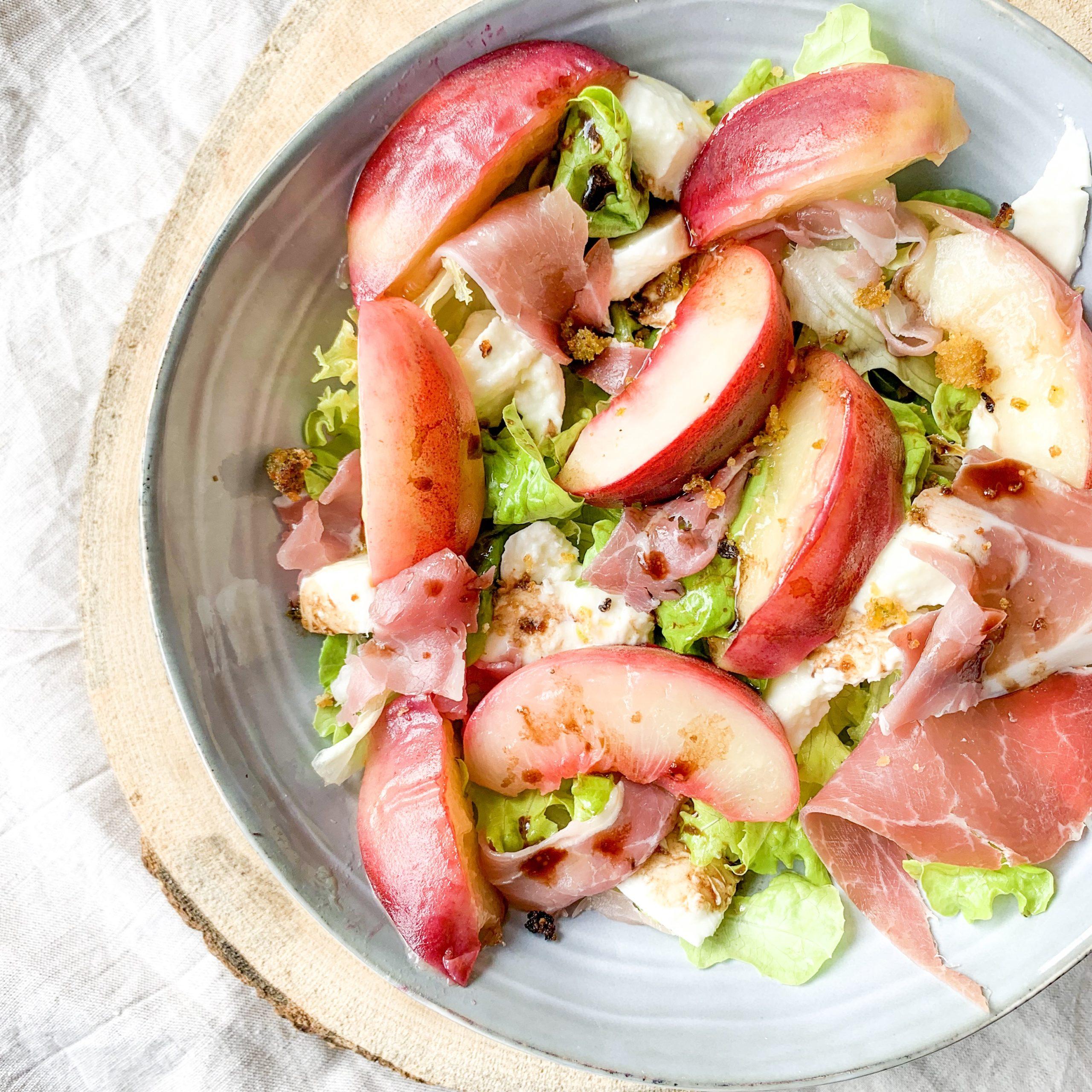 Salade de pêches rôties