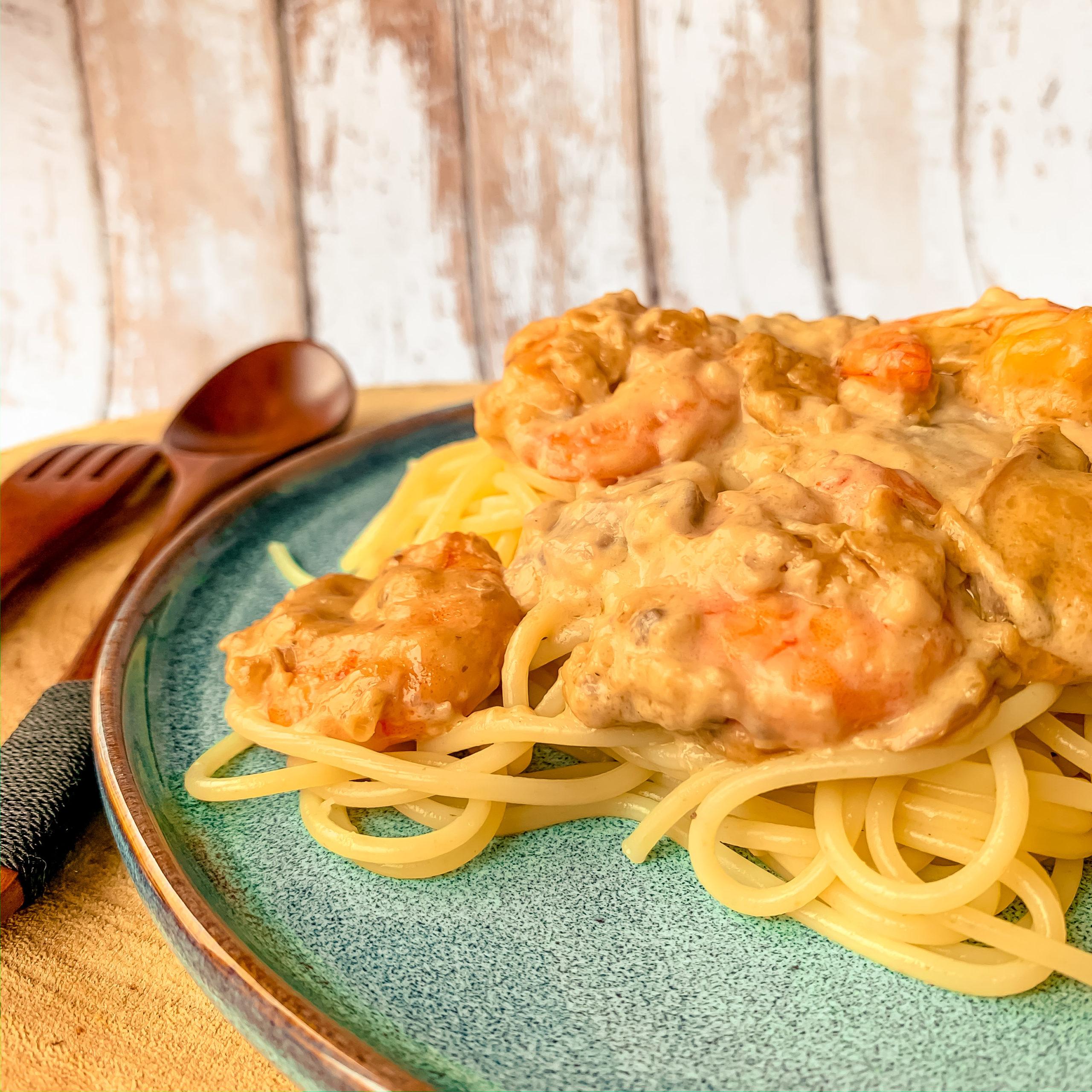 Spaghettis aux crevettes et champignons